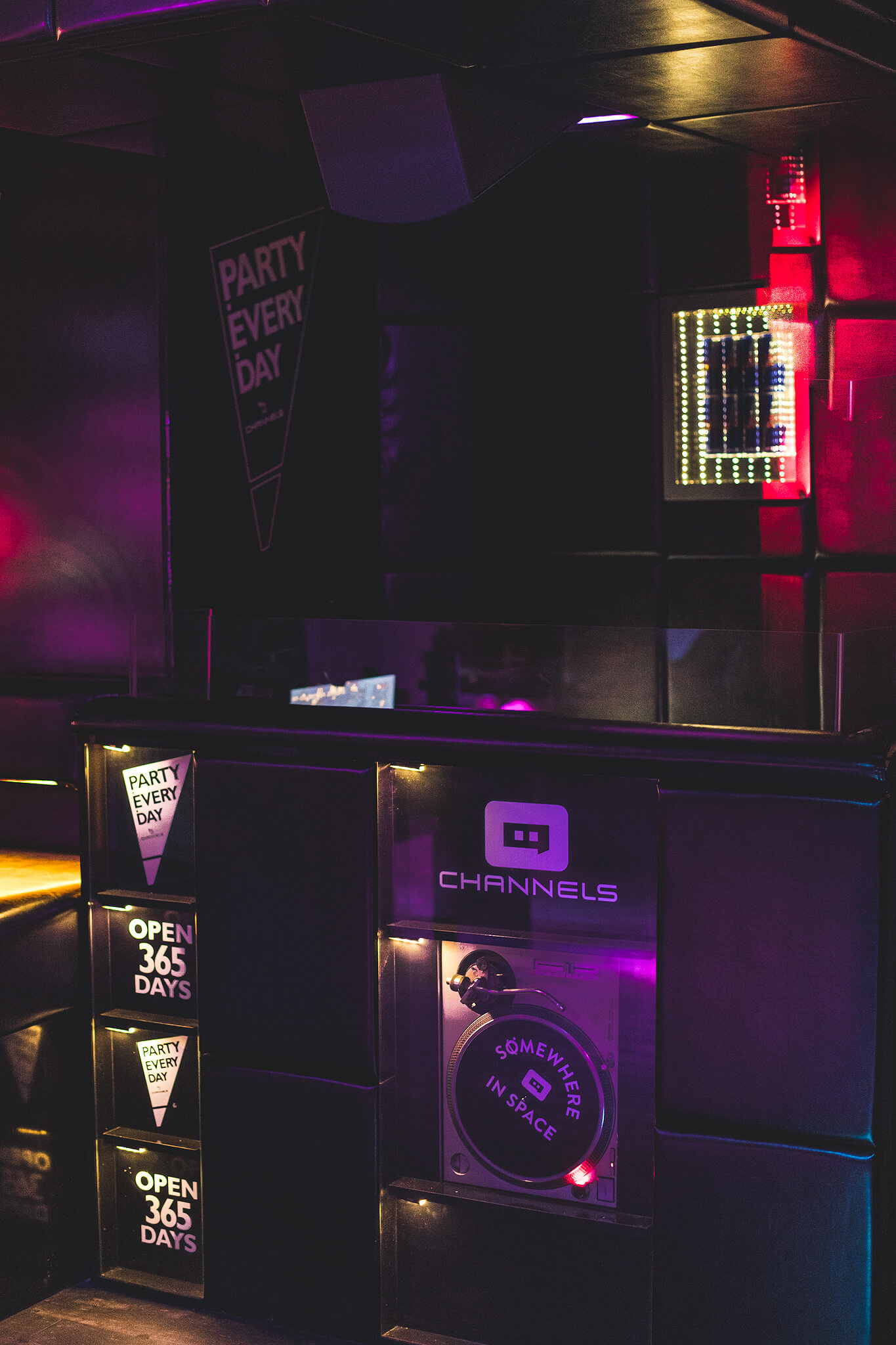 channels_club_interior19