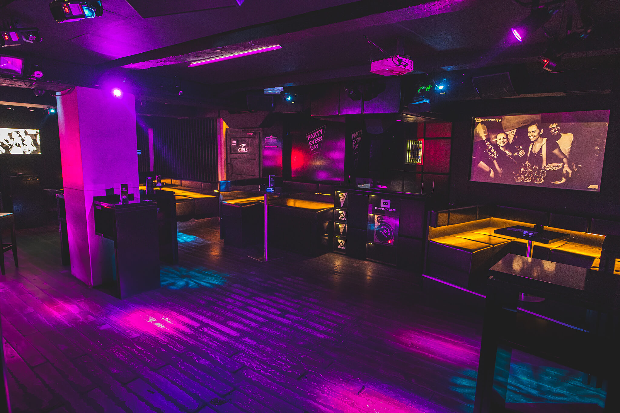 channels_club_interior6