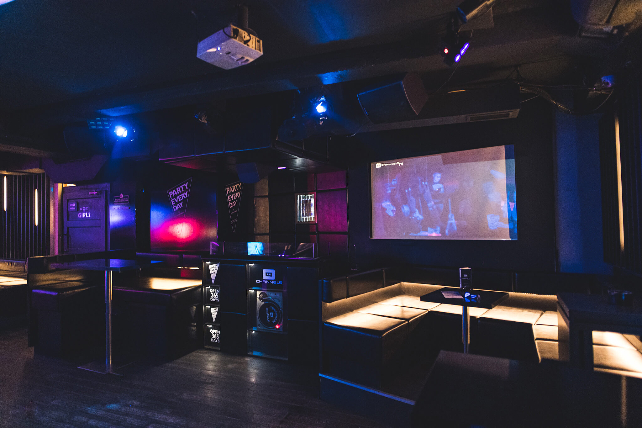 channels_club_interior8