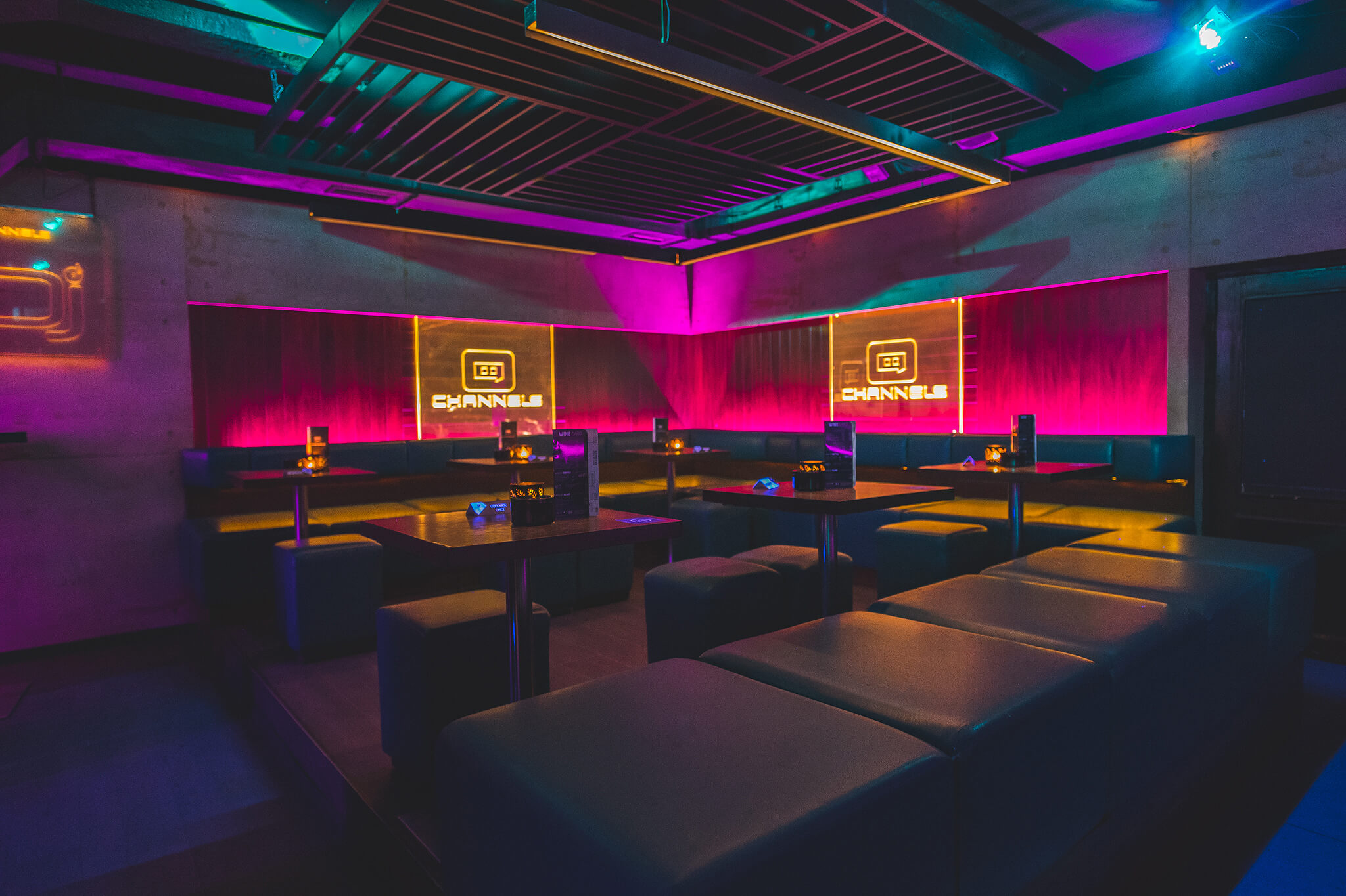 Channels club interior1