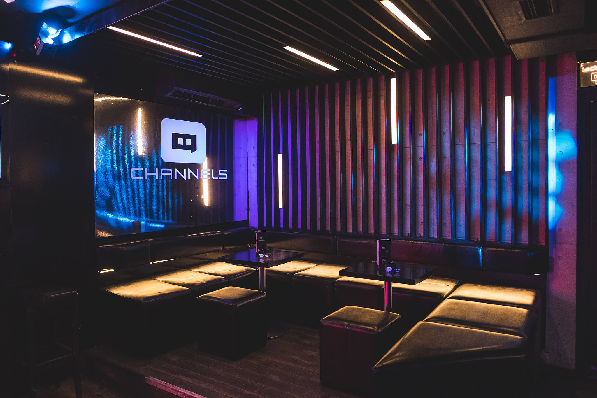 Channels club interior3